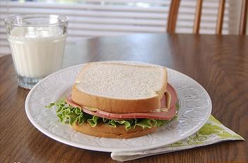 Bolgona sandwich